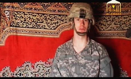 Bowe Bergdahl en un vídeo difundido por los talibanes (AP)